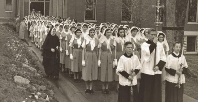 Procession to the ground breaking for the Shrine of Saint Rose Philippine Duchesne on April 18, 1951. Lillian Conaghan, RSCJ (far left).