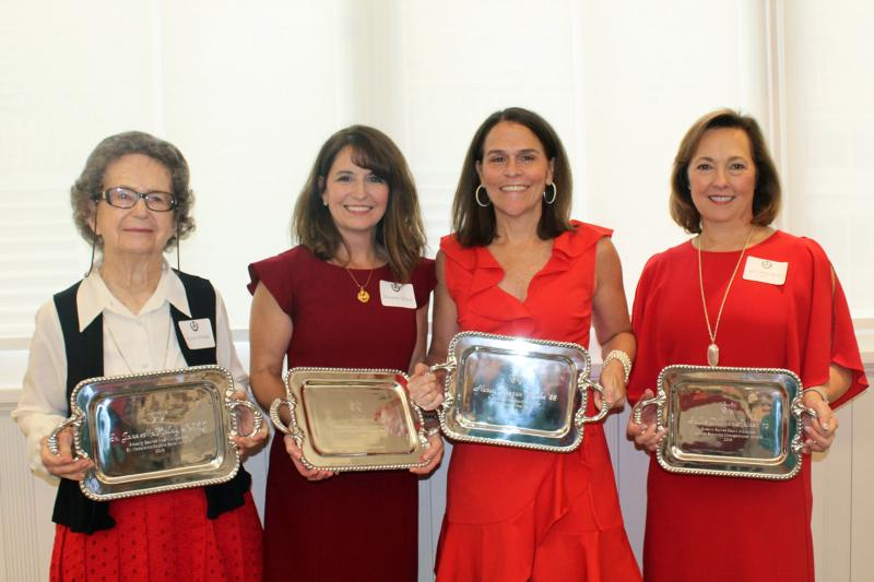 Sister McKinlay with other Alumnae Award winners