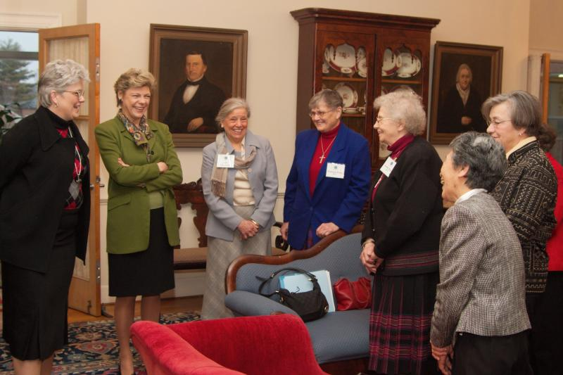 Cokie Roberts visiting at Academy of the Sacred Heart in Bloomfield Hills, Michigan