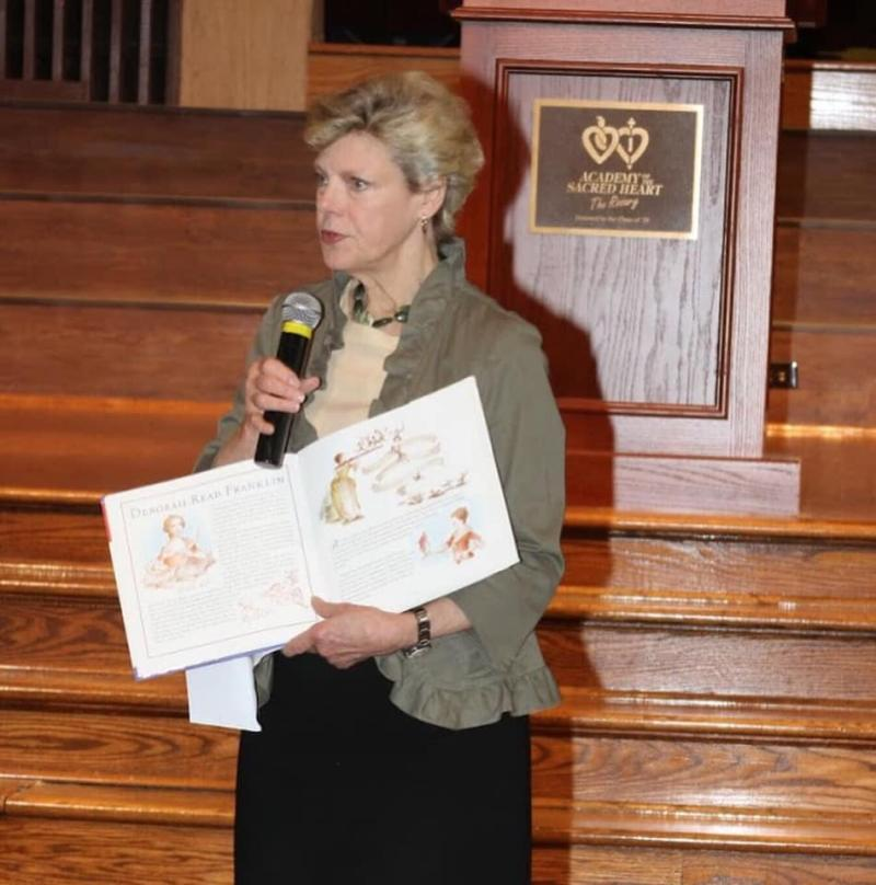 Cokie Roberts speaking at one of her alma maters Academy of the Sacred Heart in New Orleans, Louisiana