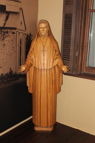 "Brunner statue of Philippine on the ""front porch"", Academy of the Sacred Heart"